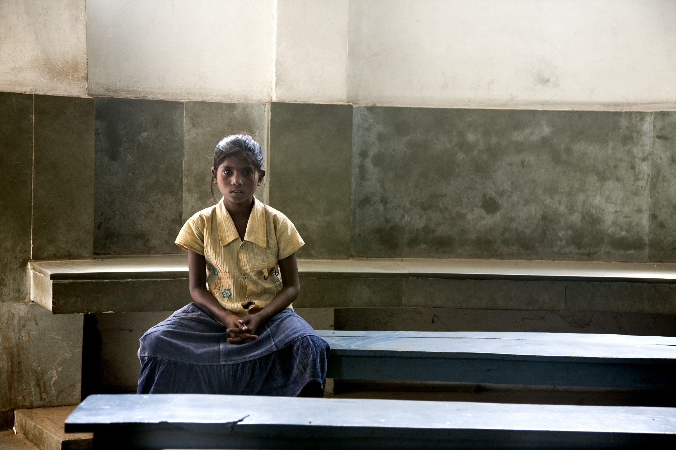Girl in a leishmaniasis clinic in Muzzaffarpur, India.  Image credit: Anita KHEMKA/DNDi